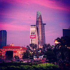 Ville de Saigon au coucher du soleil #Vietnam #sunset