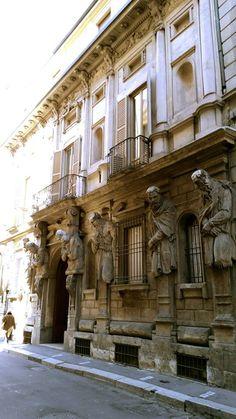 Palazzo degli Omenoni