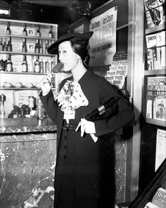 Anna May Wong at LaSalle Station in Chicago, July 21, 1934.