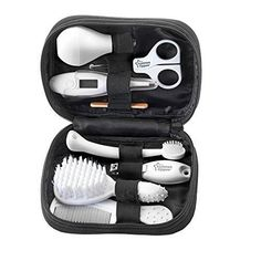 The Tommee Tippee Closer to Nature baby health care and grooming kit contains everything that you may need both at home and on the go. Baby Necessities, Baby Essentials, Baby Nail Clippers, Baby Nails, Baby George, Baby Kit, Baby Must Haves, Baby Supplies, Baby Health