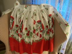 Christmas Kittens Apron Vintage 1950s Holiday by FabVintageEstates, $14.00