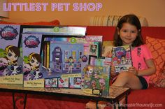 "Littlest Pet Shop fosters creativity through play by offering new toy sets, just in time for Christmas, that allow kids to ""be who they wanna be!"" #LittlestPetShop #MC #sponsored"