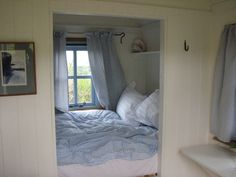 Plankbridge Shepherd's Huts, Dorset Romantic retreat holiday hut on the cliffs in Cornwall
