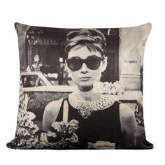 Almofada Cia Arte Audrey Hepburn 43X43cm - Preto