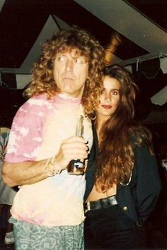 Fashion model and rock groupie Sunday Galiano & Robert Plant 1990 Chicago. She later married a member of The Stray Cats. Robert Plant, Classic Rock Bands, Classic Rock And Roll, Great Bands, Cool Bands, Hard Rock, Led Zeppelin I, Elevator Music, Photographs And Memories