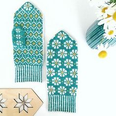 Ravelry: Spring Mittens pattern by Amanda Sund Fair Isle Knitting Patterns, Fair Isle Pattern, Crochet Patterns, Free Knitting, Knitting Socks, Baby Knitting, Fingerless Mittens, Knit Mittens, Drops Design