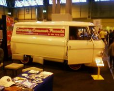 Woolfys Commer van by commerchris, via Flickr