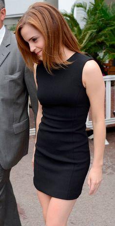 Emma Watson - Little Black Dress - Hi Res Photo Emma Watson Legs, Emma Watson Style, Emma Watson Beautiful, Emma Watson Sexiest, Emma Watson Body, Emma Watson Outfits, Ema Watson, Beautiful Female Celebrities, Beauty