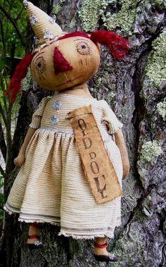 Bird Crafts, Fall Crafts, Raggedy Ann And Andy, Primitive Folk Art, Bear Doll, Fabric Dolls, Art Dolls, Annie, Julie Miller