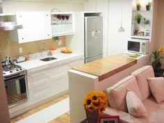 Cozinha americana bancada madeira