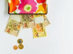 GUIA DE COMPRAS CERTEIRAS EM LIQUIDAS E BAZARES :: no blog da Oficina http://www.oficinadeestilo.com.br/blog/comprar-menos-e-melhor/