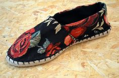 Wild Roses: Sommer-Espadrilles selbst gemacht | monochrome