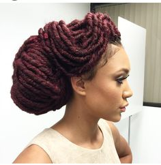 Oh yeah! you are right, we love hair, we love trends and currently loving this fleek bun updo and lovely side bradded bun style by @bobbiboss. #noneycombnail . You like? Share, like and leave your...