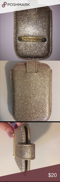 Juicy couture iPhone 4/4s or iPod sleeve Sparkly, girly juicy couture phone or iPod sleeve in great condition. WILL NEGOTIATE!!! Juicy Couture Accessories Phone Cases
