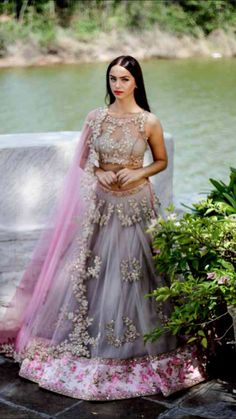 Soft romantic lehenga. Anushree Reddy chunni
