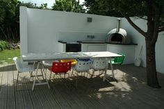 Beach house to let in Cornwall with wood fired pizza oven - family, foodies and friend friendly vibe www.ourbeachbreak.com