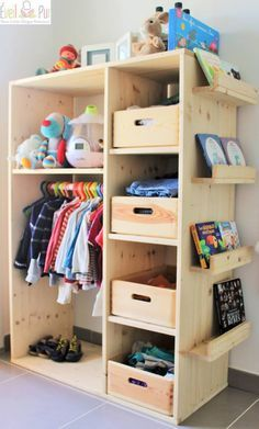 Placid repaired children's room decor ideas World Exclusive Kids Wardrobe, Wardrobe Design, Baby Wardrobe Ideas, Open Wardrobe, Wardrobe Doors, Toy Storage, Kids Storage, Playroom Storage, Bookcase Storage