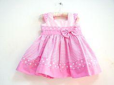 Vestido Poá Rosa- Tecido Algodão. Veste Bebê: 3/4 Meses Medida do Vestido: 38 Cm de Comprimento 46 Cm de Cintura - 5B7177