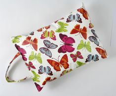 This pretty garden kneeler is perfect for anyone who loves getting creative outside