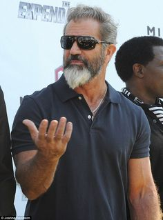 Gibson - I have to admit I'd do this hater - on film for incrimination of course!Mel Gibson - I have to admit I'd do this hater - on film for incrimination of course! Grey Beards, Long Beards, Mel Gibson Beard, Bart Trend, Sexy Bart, Beard Tips, Beard Look, Look Man, Full Beard