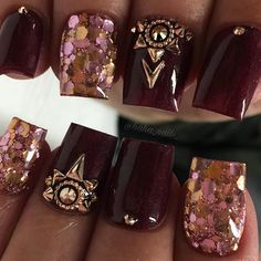So simple but so pretty 🖤 gorgeous acrylic color from glitter from And rose gold accents from… Winter Nail Designs, Nail Art Designs, Nails Design, Maroon Nails, Rose Gold Nails, Funky Nails, Nail Games, Accent Nails, Nail Pro