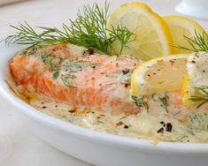 Salmon blanquette with Thermomix - fish - . Salmon blanquette with Thermomix – fish – … – Asian Recipes Whole30 Fish Recipes, Easy Fish Recipes, Chef Recipes, Salmon Recipes, Meat Recipes, Asian Recipes, Healthy Dinner Recipes, Easy Meals, Cooking Recipes