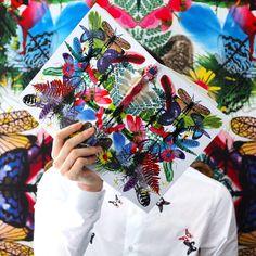 """Discovering Christian Lacroix Papier new collection with the amazing """"Caribe"""" journal. Full of surprises! Découverte de la nouvelle collection de Papiers Christian Lacroix avec le magnifique journal """"Caribe"""". Des surprises à l'intérieur !"""