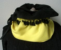 Fleeceschal mit Knoten von AnnKara's Queerbeet-Shop auf DaWanda.com