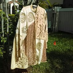 "INDIA - MEN'S WEDDING / FORMAL COAT W/NERU COLLAR 3/4 length coat, gold with sequins and embellishments - outer100% silk, lining poly - Size XL Sleeve 26"" Shoulder to hem 35"" Chest underarm around 56"" Jewel Queen Tops Tunics"