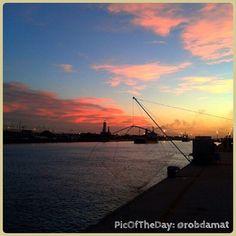 La #PicOfTheDay di #TurismoER oggi ci porta a godere di un romantico tramonto ravennate. Complimenti e grazie a @robdamat :)