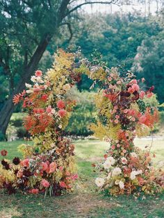 Alice+Beasley+flowers+autumn+wedding+floral+arch