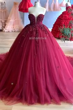 Burgundy Tulle Sweetheart Ball Gown Appliques Beaded Wedding Dress Cinderella, Princess Prom Dresses, Princess Ball Gowns, Burgundy Gown, Burgundy Wedding, Sweet 15 Dresses, Gowns For Girls, Applique Dress, Colored Wedding Dresses