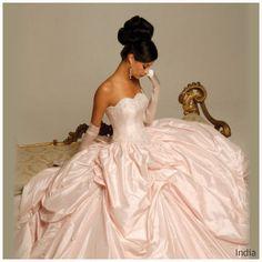 hollywood dreams wedding gowns | Hollywood Dreams 2009 Bridal Collection | Fashionbrides Weblog