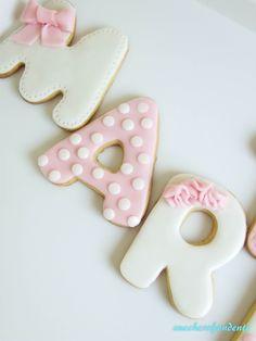 Blog su Torte, dolci e cake design Fondant Cookies, Cupcakes, Baby Cookies, Cookie Icing, Baby Shower Cookies, Birthday Cookies, Food Humor, Love Cake, Cake Tutorial