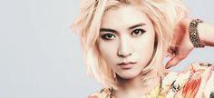 Choi Ren Nu'est Androgynous Feminine Male Kpop Maknae