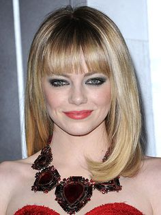long bob haircuts with bangs and layers - Long Bob Haircuts – 2015 Women's Hairstyles Long Bob Haircut With Bangs, Long Bob Haircuts, Haircuts With Bangs, Straight Hairstyles, Full Bangs, Hot Hair Styles, Medium Hair Styles, Classic Hairstyles, Cool Hairstyles
