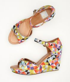 Love these wedges #shoes #wedges #colorful #triangles