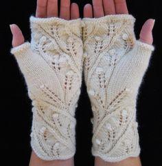 Knitting Pattern PDF Fingerless Gloves Fern Spiral por lynnevogel