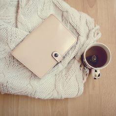 Autumn is most definitely, finally here!I love snuggling with a nice mug of herbal tea, a cosy jumper and my nude original Filofax for a spot of journalling, note taking and planning. Autumnal bliss!