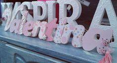 Nomes wm Mdf personalizados!  Faça seu orçamento! Inspirar Ateliê!  Curta nossa página no Facebook.