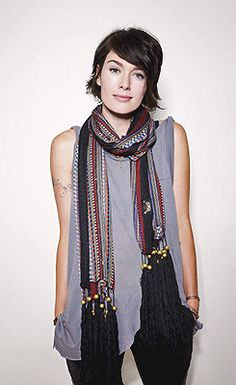 Another love of my life: Lena Headey. Love this woman and her style a lot, a lot, a lot.