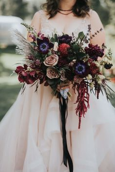 Numerous bride-to-bes may understand the wedding event flower they want in their own bouquet, but are a little mystified about the remainder of the wedding flowers required to complete the event and reception. Fall Wedding Bouquets, Flower Bouquet Wedding, Floral Wedding, Wedding Colors, Wedding Day, Floral Lace, Wedding Hairs, Bride Bouquets, Wedding Poses