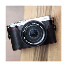 Le style jusqu'au bout des doigts Ciesta Etui en cuir pour Fujifilm X-M1 / X-A1 - Noir et rouge