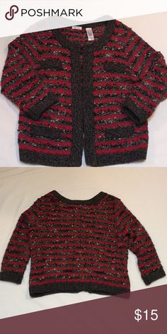 🐳JUST IN- sz L Boucle Sweater! 🌟This comfy sweater jacket has hook & eye closures & can be worn open or closed. It's red, black, & variegated gray. This is about 24 inches long & about 20 inches across. The 4 pockets on the front are all fake. It's in great preloved condition! 🤗 Don't forget about my bundle discount & that I'm open to offers! 💃🏻🎉💃🏻🎉 Liz & Co Sweaters Cardigans