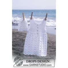 """DROPS Baby - Dress without sleeves and cap in """"Saffron"""" - Free oppskrif . : DROPS Baby – Dress without sleeves and cap in """"Saffron"""" – Free oppskrift by DROPS Design Baby Knitting Patterns, Crochet Baby Dress Free Pattern, Toddler Dress Patterns, Baby Patterns, Free Knitting, Drops Patterns, Crochet Patterns, Girls Knitted Dress, Knit Baby Dress"""