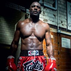 Actor becomes kickboxer in 12 months. Discovery channel UK starts a new documentary series Idris Elba: Fighter on Tuesday January 17 Idris Elba Fighter, Better Half, How To Look Better, Idriss Elba, Sexy Tattoos For Women, British Men, Spongebob Squarepants, Man Crush, Thing 1 Thing 2