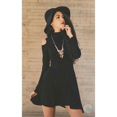 #Sesión de #fashion y #retrato con una excelente #modelo @pilazuribe :) gracias ------------------------------------------------ #RValenciaFotografo #fotografia #retrato #color  #cool #artistic #photography #Sony #soysony #artistico #Toluca #Metepec #black #sonyimages