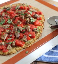 i've been wanting to try a cauliflower pizza crust... not sure i could sneak this one by Khai