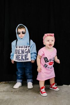 Halloween costume, kids costume, sibling costume, mean girls Mean Girls Halloween, Funny Toddler Halloween Costumes, Mom Costumes, Toddler Girl Halloween, Baby Halloween Costumes For Boys, Family Halloween, Funny Halloween, Children Costumes, Halloween Halloween