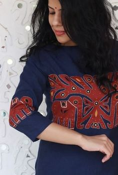 Beautiful aplique work with mirror work embellishments. Embroidery On Kurtis, Hand Embroidery Dress, Kurti Embroidery Design, Applique Dress, Simple Kurti Designs, Stylish Dress Designs, Churidar Designs, Kurta Designs Women, Sari Blouse Designs